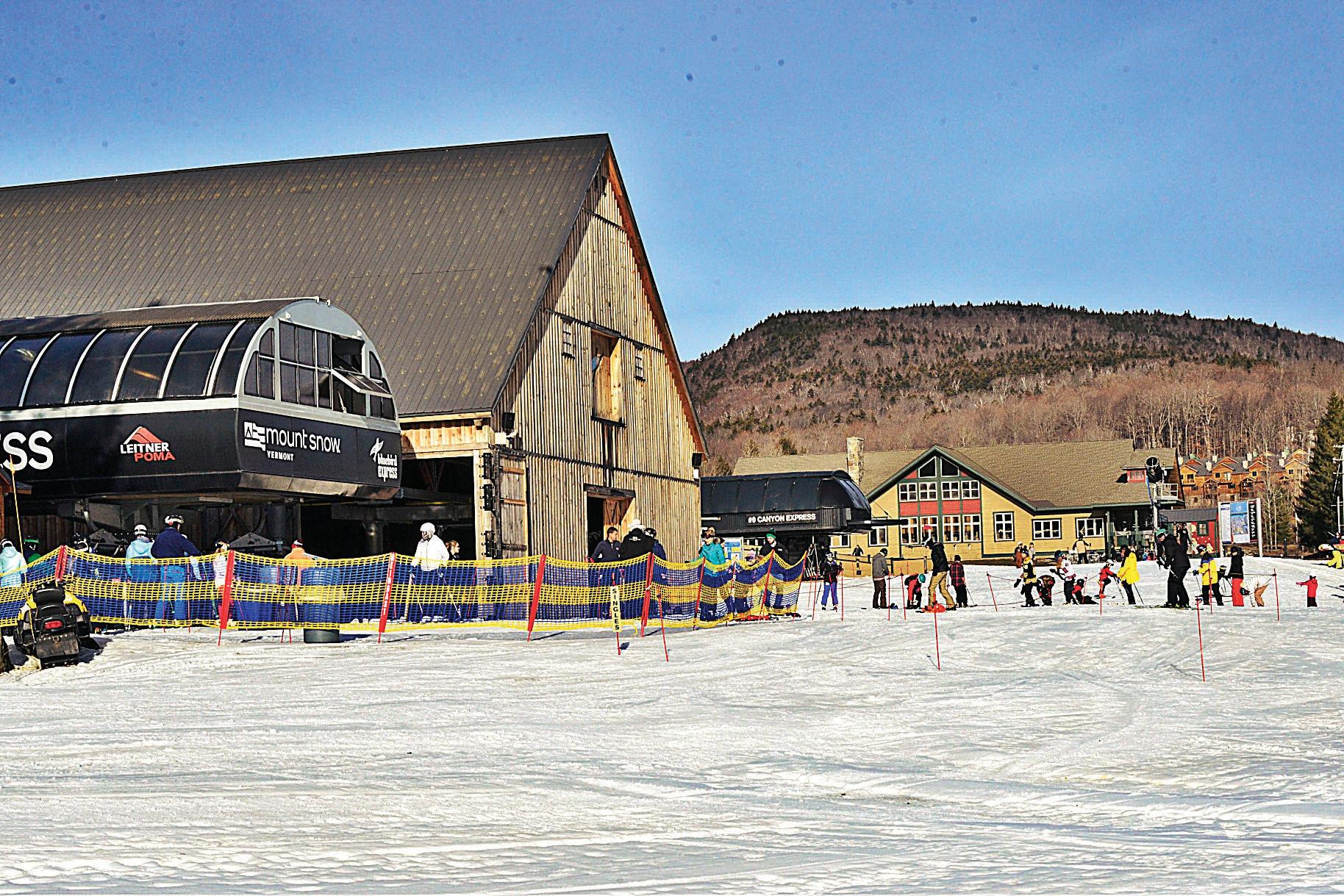 Khu trượt tuyết Núi Tuyết