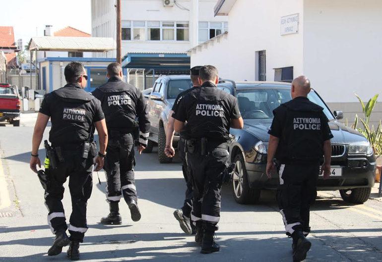 cảnh sát ở Síp