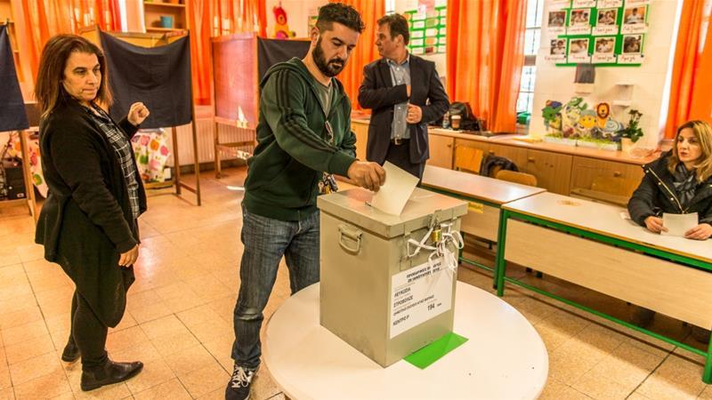 người dân síp đi bầu cử