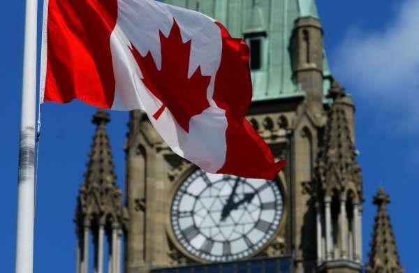 chính trị ở Canada