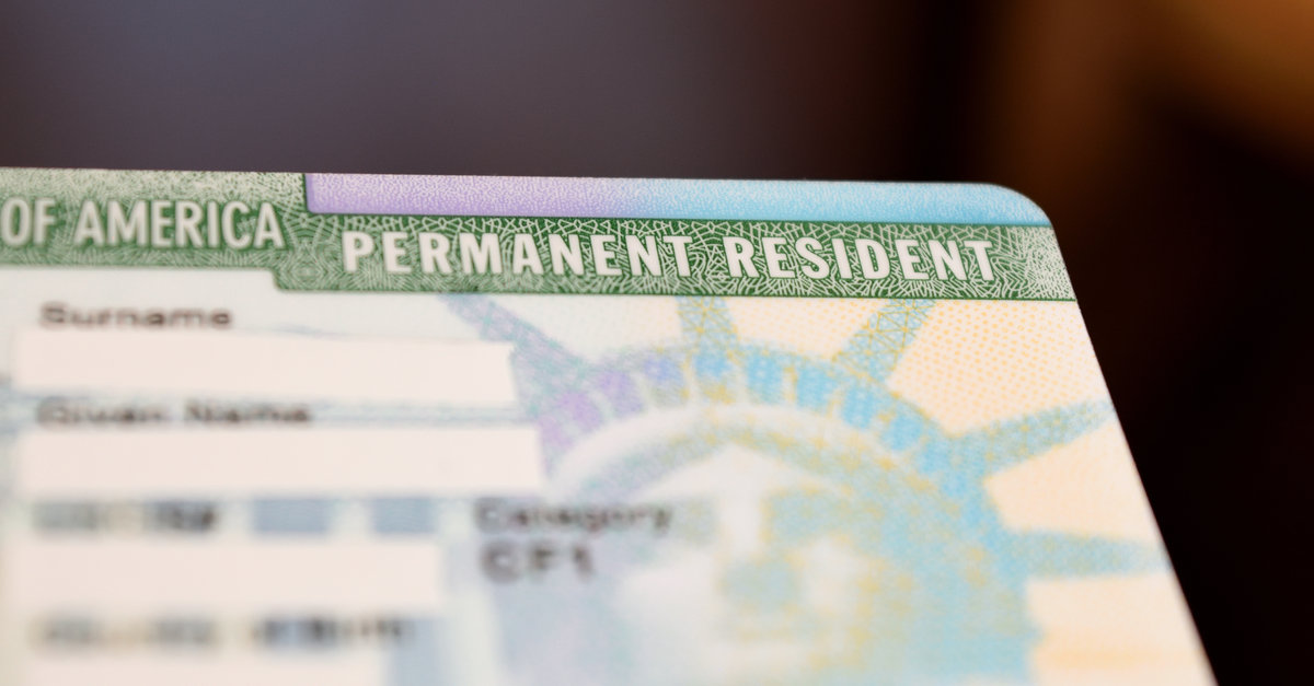 Thẻ xanh Mỹ- tấm bùa hộ mệnh của người nhập cư Mỹ. Đó gần giống như căn  cước công dân ở Việt Nam. Có nó sẽ chứng minh được bạn là người ...